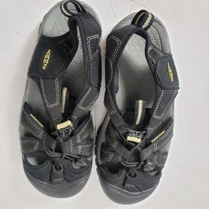 Keen Hiking Sandals Closed Toe Water Shoes